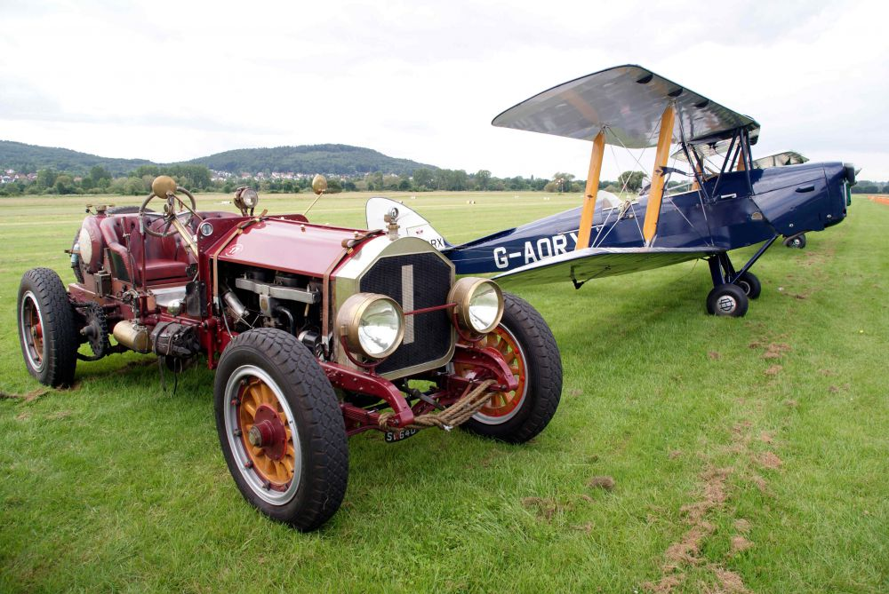 Car TigerMoth4-1
